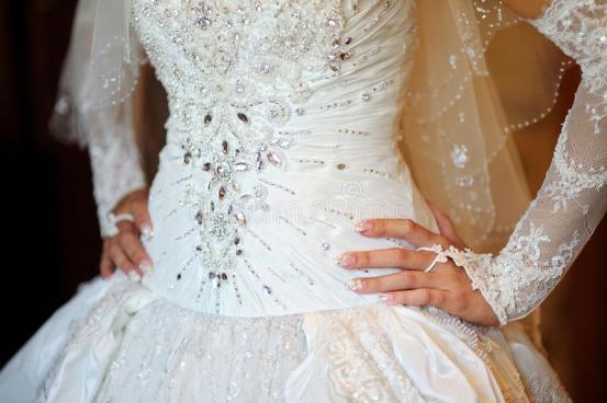 Nettoyage robe de mariée Caen